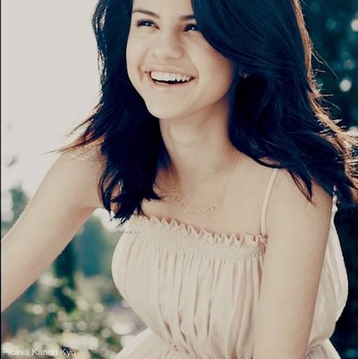 Selena Gomez Images Selena Gomez Wallpaper And Background