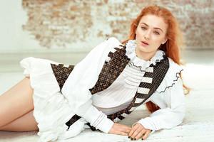 Sophie Turner ~ Glamour Magazine