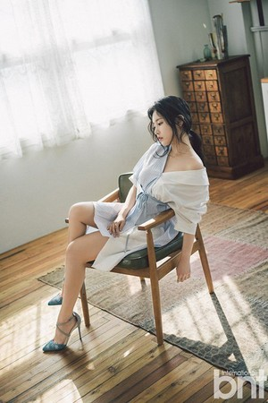 Soyeon for 'BNT'