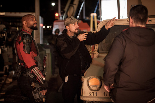 Suicide Squad fondo de pantalla possibly containing a calle and a cena, comedor titled Suicide Squad - Behind the Scenes - Will Smith and David Ayer
