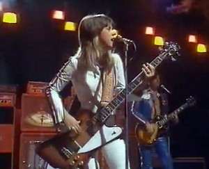 Suzi Quatro with Len Tuckey circa 1975 video still