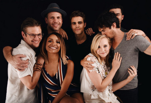 The Vampire Diaries TV Show wallpaper probably containing a portrait titled TVD Cast