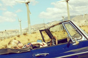 Taeyeon 1st teaser image for 2nd mini album ''Why''