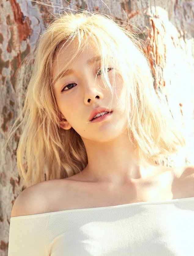 Taeyeon teaser images for ''Why''