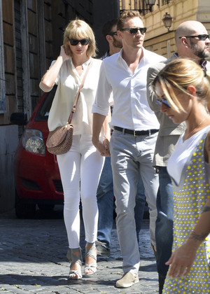 Taylor and Tom Hiddleston