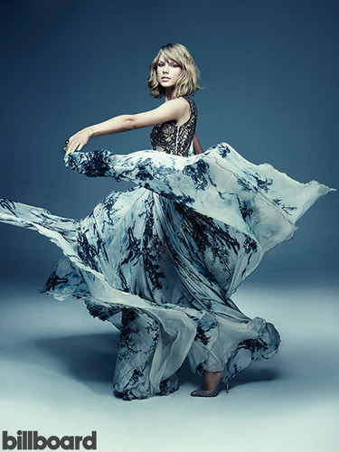 Selena_01 wallpaper probably with a dinner dress called Taylor photoshoot