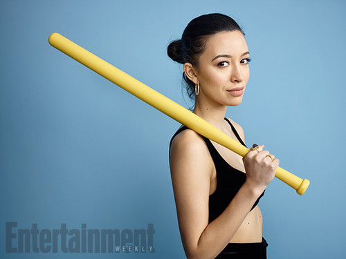 The Walking Dead پیپر وال entitled Christian Serratos @ Comic-Con 2016