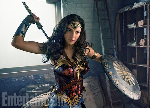 Wonder Woman wallpaper possibly with a rifleman, a tabard, and a hip boot titled Wonder Woman Movie