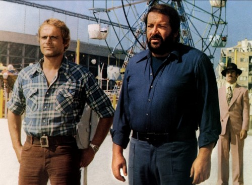 Bud Spencer karatasi la kupamba ukuta possibly with a chainlink fence and a workwear called attention on va s facher 03 g