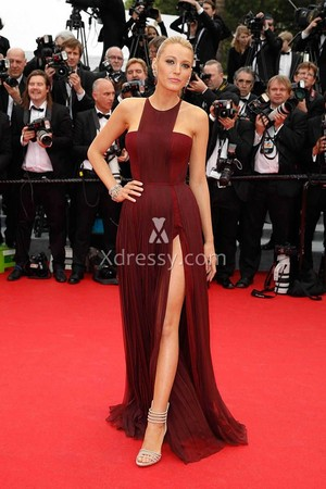 blake lively 고삐, 홀 터 넥 burgundy chiffon cannes red carpet slit prom dress 1