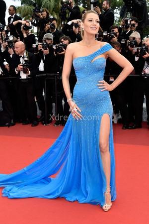 blake lively pregnant sequin blue one shoulder celebrity prom dress cannes 2016 1