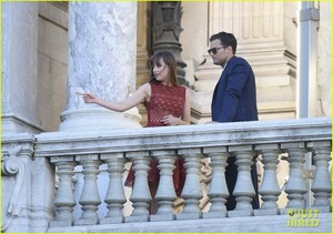 dakota johnson jamie dornan take fifty shades to paris 28