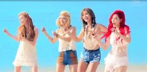 seohyun,hyoyeon,yuri,and sunny