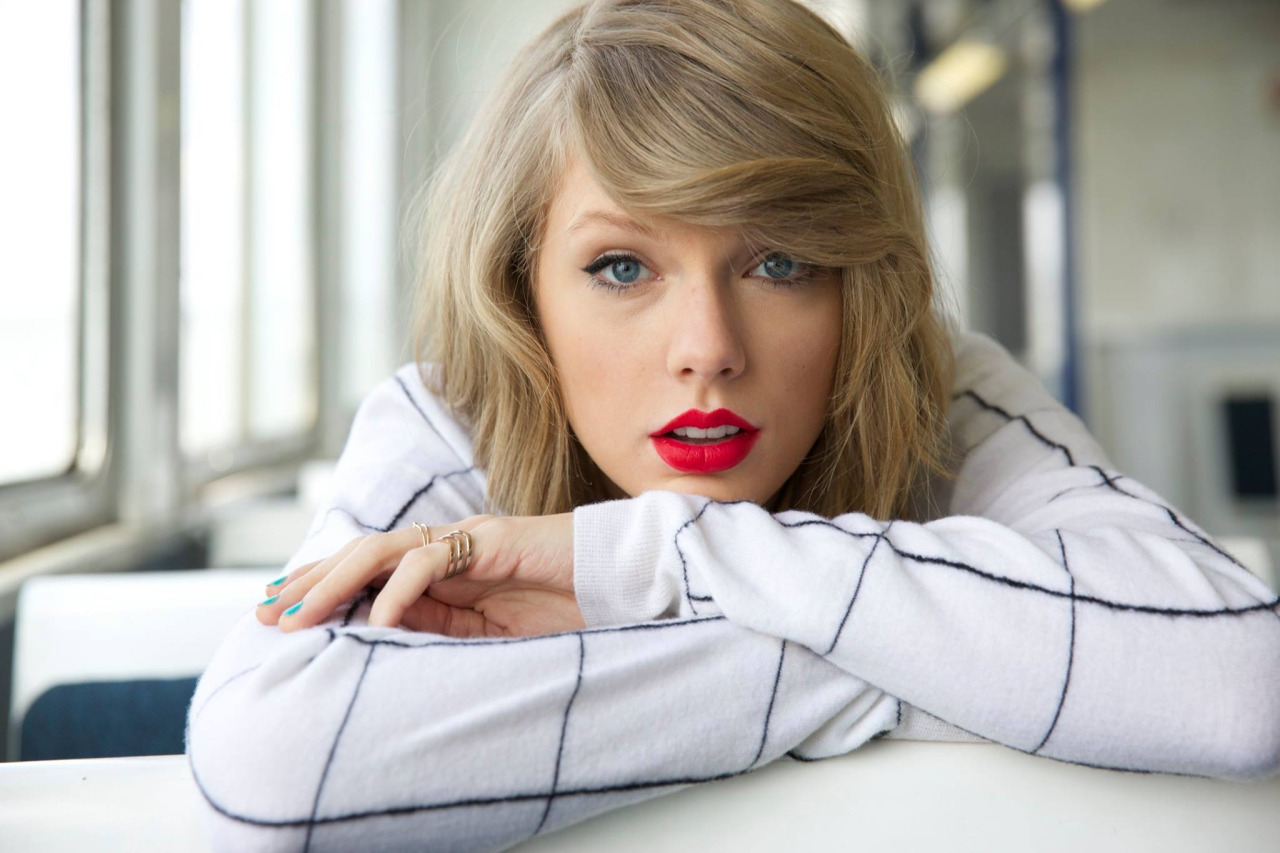 Registro de avatar Tumblr-o0twp3YGCw1u7mnc7o1-1280-1-taylor-swift-39709457-1280-853