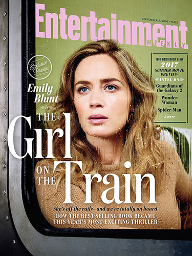 "Book to Screen Adaptations karatasi la kupamba ukuta with a sign entitled ""The Girl on The Train"" Cover on Entertainment Weekly"