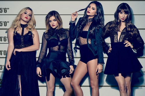 Pretty Little Liars wallpaper probably containing a bustier entitled 160615 news pretty little liars