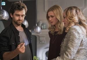 1x08 - Kindred Spirits - Garrett, Tessa and Madeline