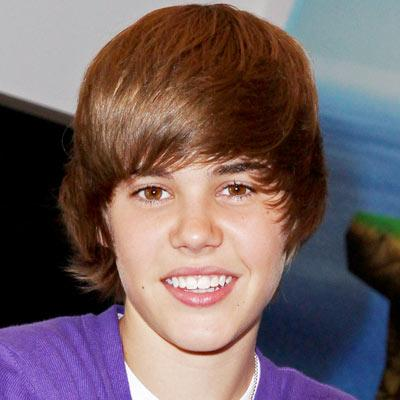 Джастин Бибер Обои possibly with a portrait titled 2009 Justin Bieber 400 0