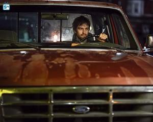 Antony Starr as Garrett Hawthorne in American গথ দেশীয়