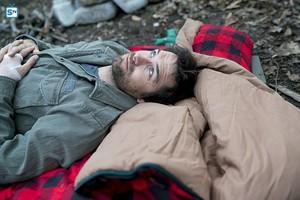 Antony Starr as Garrett Hawthorne in American gótico