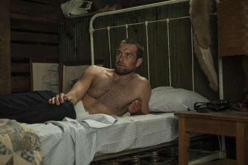 Antony Starr wallpaper probably with a living room entitled Antony Starr as Lucas capuz, capa in 'Banshee'