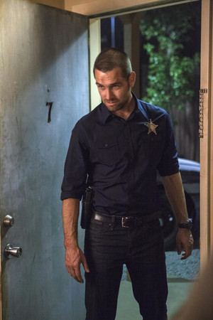 Antony Starr as Lucas ڈاکو, ہڈ in 'Banshee'