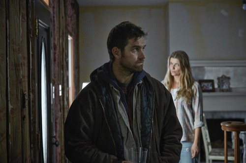 Antony Starr wallpaper entitled Antony Starr as Lucas kap, hood in 'Banshee'