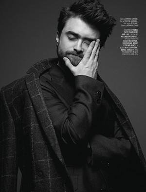August Mag Covers Daniel Radcliffe (Fb.com/DanielJacobRadcliffeFanClub)