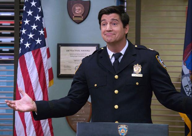Brooklyn Nine-Nine Season 4 First Look