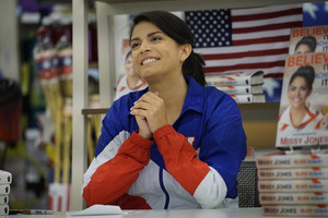 Cecily Strong in Superstore - 'Olympics'