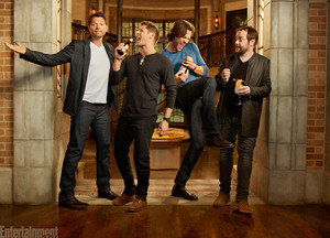 Exclusive mga litrato of the Supernatural Cast | Misha, Jensen, Jared, and Mark