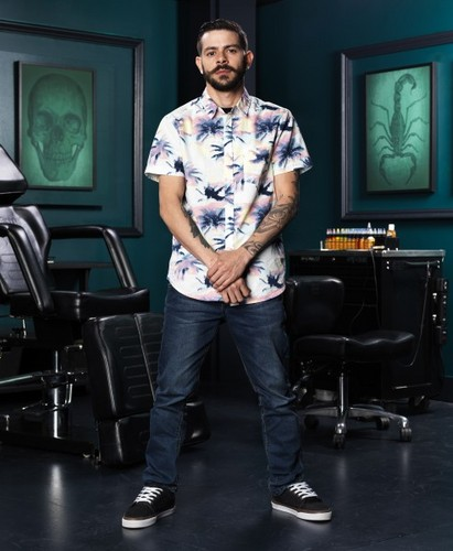 Ink Master wallpaper probably with a living room and long trousers entitled Gian Karle | Ink Master: Peck vs Nuñez