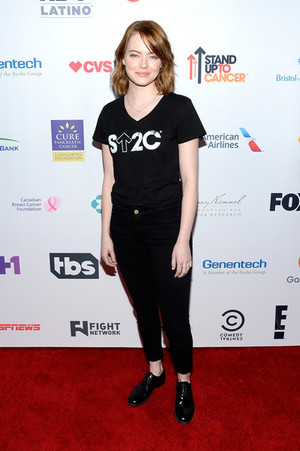 Hollywood Unites 5th Biennial Stand Up to Cancer