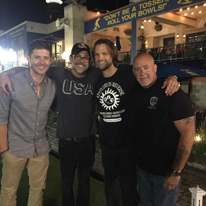 J2 and Jeffrey Dean مورگن