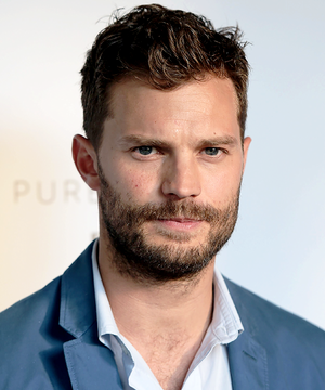 Jamie Dornan poses for a bức ảnh as the cast of BBC Two drama 'The Fall'