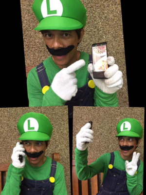 Luigi and his iPhone!