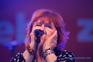 Maggie Reilly (2015)