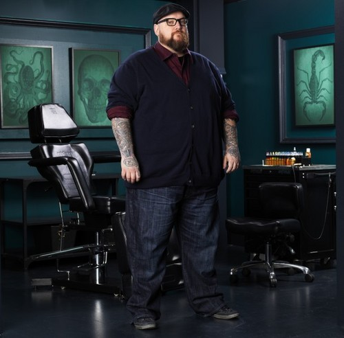 Ink Master wallpaper containing long trousers, a well dressed person, and a pantleg, calça entitled Nate Beavers | Ink Master: Peck vs Nuñez