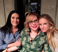 New picture of Paget, Kirsten and AJ on set :) - criminal-minds photo