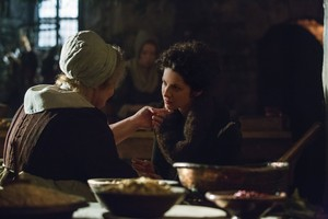 "Outlander ""By The Pricking of My Thumbs"" (1x10) promotional picture"