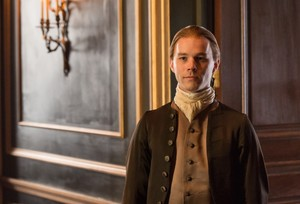 "Outlander ""La Dame Blanche"" (2x04) promotional picture"
