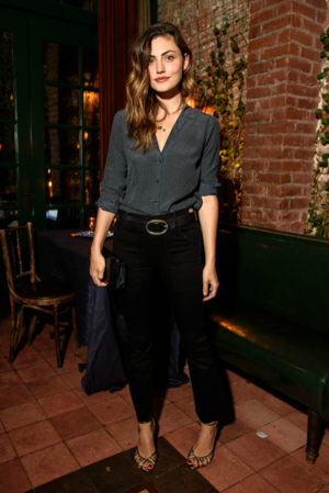 Phoebe Tonkin attends FRAME NYFW bữa tối, bữa ăn tối in New York, (September 10, 2016)