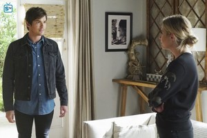 Pretty Little Liars - Episode 7.10 - The DArkest Knight - Promo and Bangtan Boys Pics