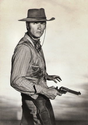 Publicity still for the TV series Rawhide (1959–1966) British postcard سے طرف کی D. Constance Ltd, London