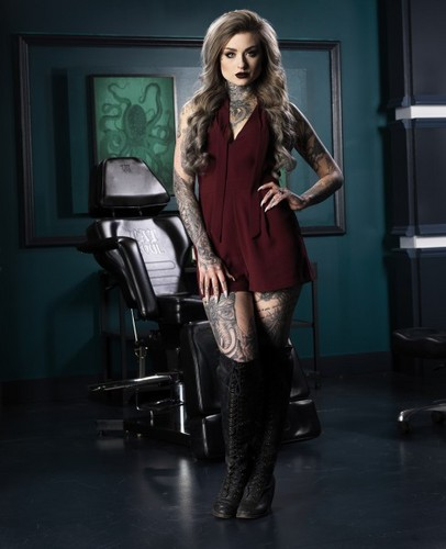Ink Master wallpaper with a hip boot, hosiery, and bare legs entitled Ryan Ashley | Ink Master: Peck vs Nuñez