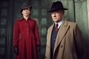 Sam and Inspector Foyle