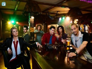 Season 2 Cast Promotional mga litrato