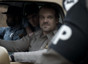 """Stranger Things """"Holly Jolly"""" (1x03) Picture"""