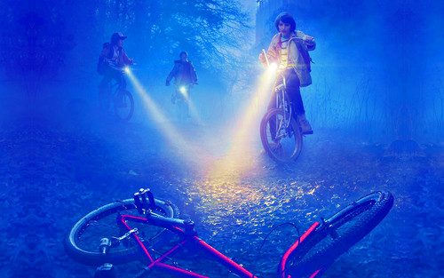 Stranger Things 壁紙 containing a bicycling, a cycling, and a mountain bike called Stranger Things 壁紙