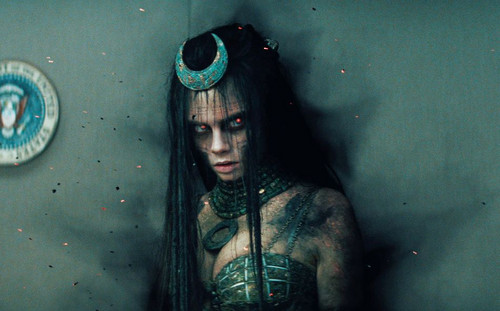 Suicide Squad achtergrond called Suicide Squad Still - Enchantress